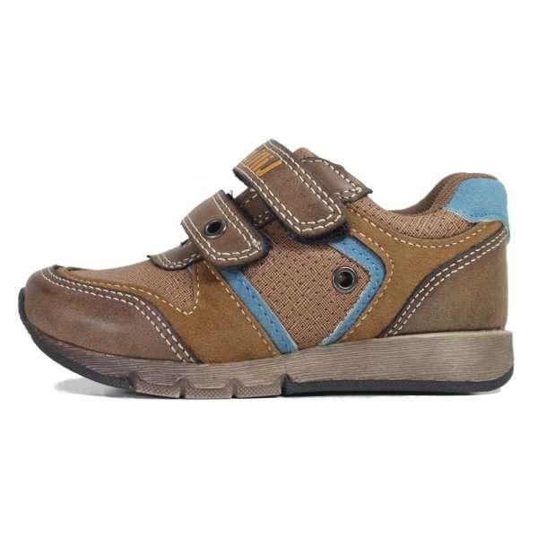 استفاده کودک از کفش سال گذشته اشتباه است